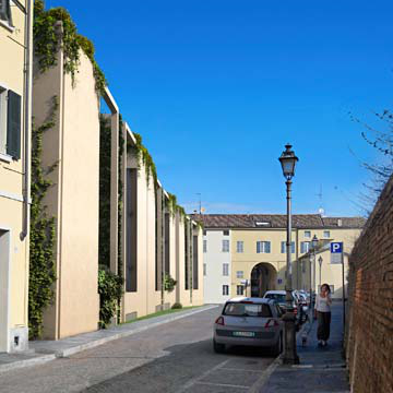 Santa Teresa: urban housing development in Parma - street view